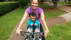 Pirralho pedalando e amando SomosdoMundo