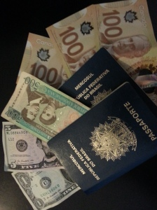 Dinheiro..money... moneda...plata SomosdoMundo