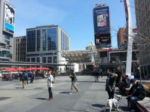 Time Square de Toronto SomosdoMundo