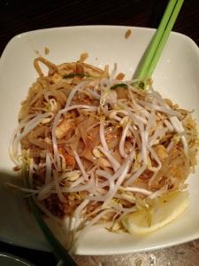 Pad Thai - macarrão Tailandês SomosdoMundo